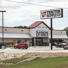 Tractor Supply - Columbus, TX